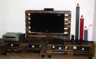 Lamp Tables For Living Room Stand Tv Amp Lampe En Palettes Pallet Tv Stand Amp Lamp