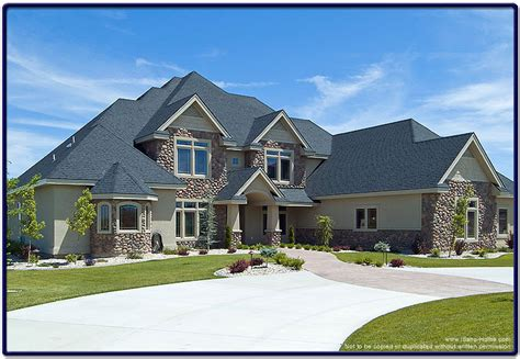 custom houses luxury custom home picture over 4500 square feet