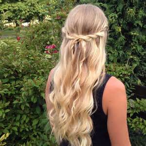 the hairstyles for easy half up hairstyles for long hair women