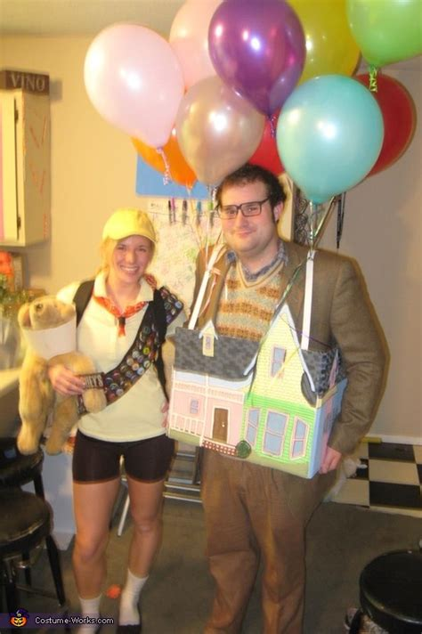 halloween costumes house  carl fredricksen