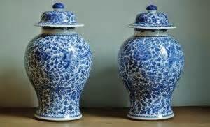 vasi cinesi di valore oggetti antichi preziosi cimeli testimoniano secoli di storia