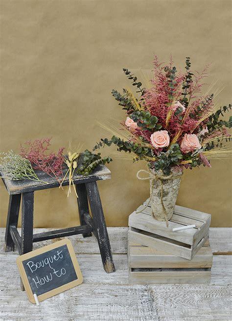 DIY Dried Flower Arrangement