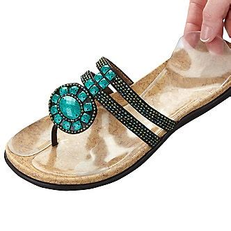 Those Look Like Comfortable Shoes by 44 Best Images About Comfortable Shoes On Birkenstock Sandals Shops And Thongs