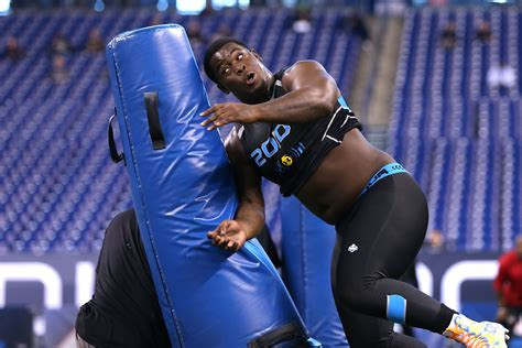 warren sapp bench press 100 warren sapp bench press does nfl draft five worst team classes of last five