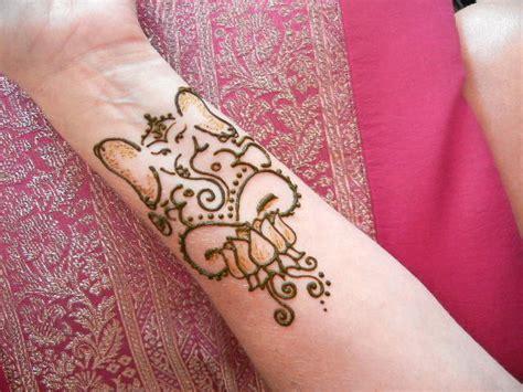 ganesha henna tattoo 640px
