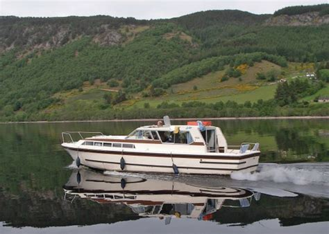 boat transport hshire teal cruiser laggan locks inverness shire