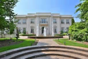 robert herjavec house former dragon s den star robert herjavec selling toronto mansion for 18 million