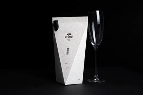 Origami Wine - origami beverage branding vin grace wine packaging