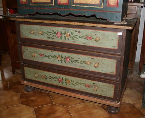 mobili dipinti antichi mobili dipinti armadi cassettoni madie comodini