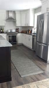 Best Kitchen Flooring Best Laminate Flooring For Kitchen Pictures Small Room Decorating Ideas Small Room