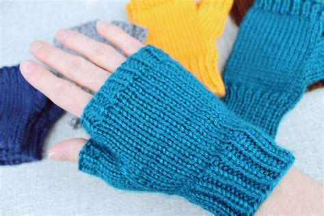 pattern for fingerless gloves basic fingerless gloves a knitting pattern designed by