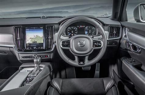volvo    design review autocar
