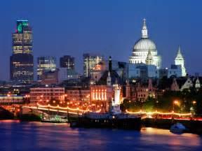 Thames Christmas Party - лондон достопримечательности тургид путеводитель по достопримечательностям лондона