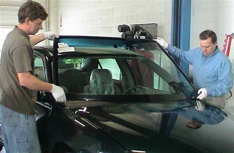 how to repair glass auto glass repair all auto glass installation