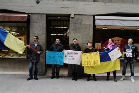consolato russo a firenze al consolato russo la protesta degli ucraini 1 di 10
