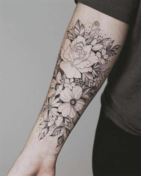 tatuaggi fiori braccio 1001 idee per tatuaggio braccio disegni da copiare
