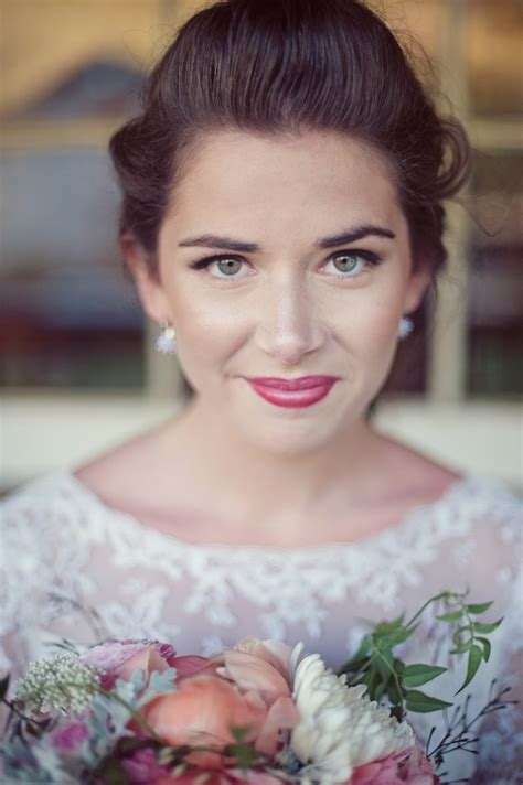 vintage wedding dress floral accessory inspiration
