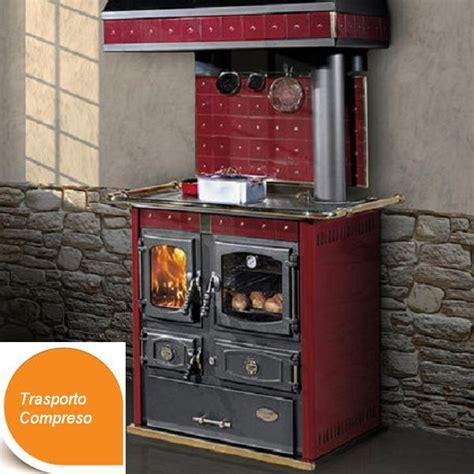 stufa cucina stufa cucina a legna mini johanna rossa ditta cola