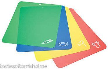 Work Surface Mats by Set Of 4 X Colour Coded Work Surface Cutting