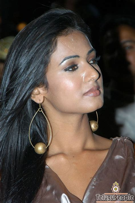 sonal chauhan skin care star gallery sonal chouhan at telugupeople photo gallery