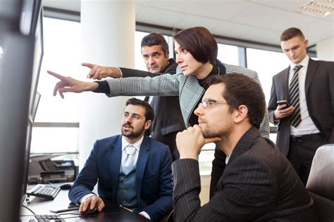 5 key traits of an effective operations manager mobe my own business education