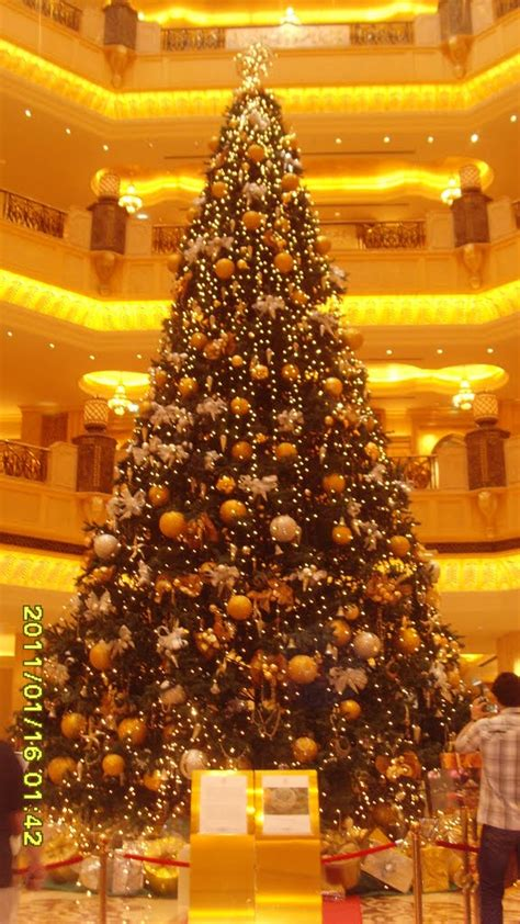 panoramio photo of the most expensive christmas tree 2010