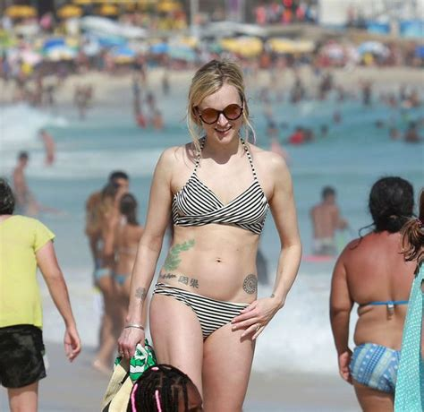 fearne cotton flaunts her extensive tattoo collection as