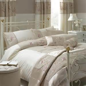 Super Kingsize Duvet Ivory Gracie Collection Duvet Cover Dunelm