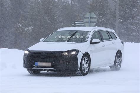 Opel Insignia Facelift 2020 by 2020 Opel Insignia Facelift Spied Ready For Peugeot 508