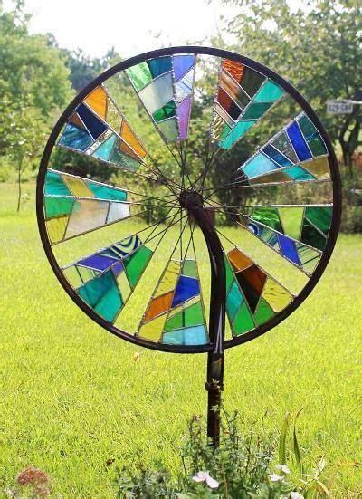 spinning garden 25 best ideas about garden on glass bead
