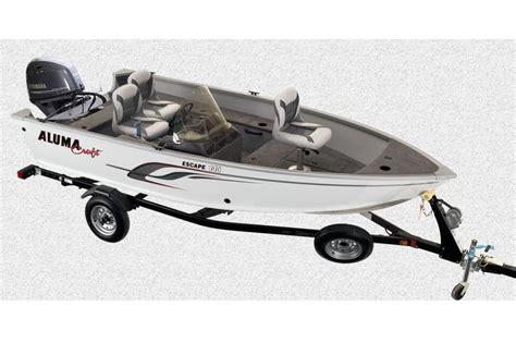 small boats for sale in wisconsin alumacraft escape 145 cs boats for sale in wisconsin