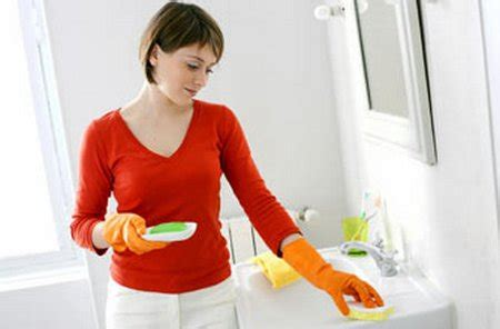 wash the bathroom cleaning a dirty bathroom majid s blog about home