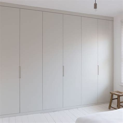 Floor To Ceiling Wardrobe 25 Best Ideas About Bedroom Cupboards On