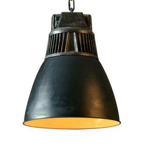 lustre industriel pas cher suspension kerwan de style industriel en m 233 tal noir mat