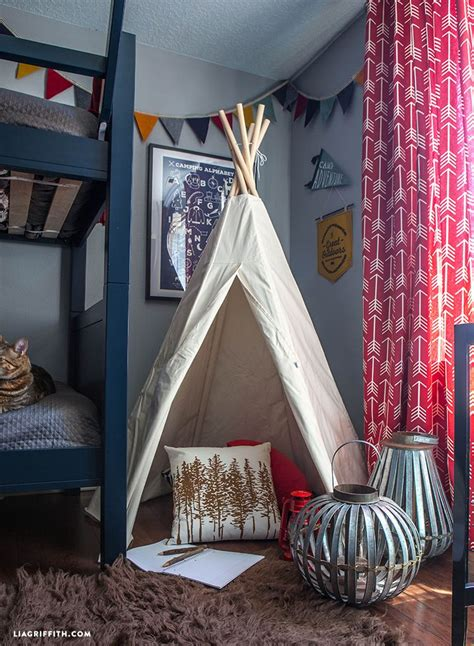 camping themed bedroom makeover