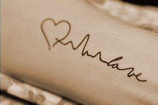 tattoo of your name chords 1000 ideias sobre tatuagem de batimento cardiaco no