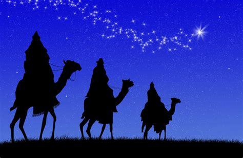 fotos reyes magos en camellos la magia de los reyes magos urban mom
