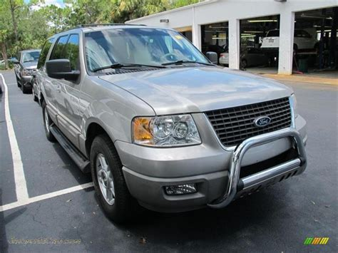 Expedition E6339m Silver Black 1 2003 ford expedition xlt 4x4 in silver birch metallic a42108 jax sports cars cars for sale