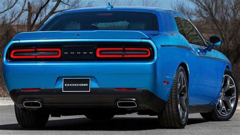 sodge challenger 2016 dodge challenger sxt review road test carsguide