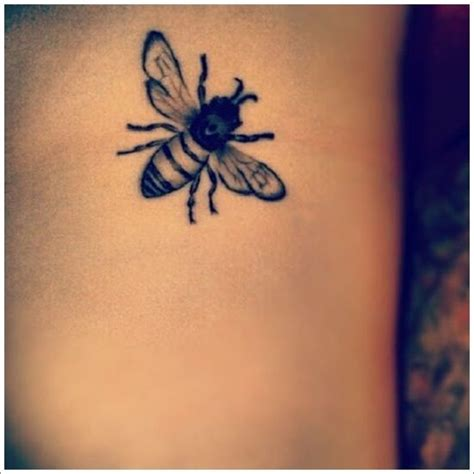 queen tattoo meaning queen bee tattoo designs the small queen bee tattoo