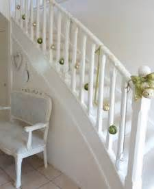 stair decor 100 awesome christmas stairs decoration ideas digsdigs