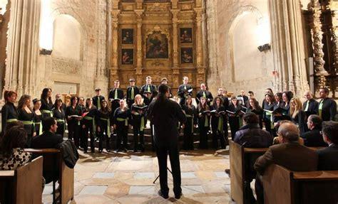 banco herrero en leon el coro 193 ngel barja protagoniza el concierto de reyes del