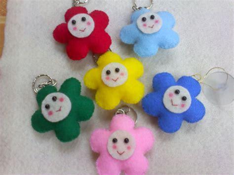 cara membuat gantungan kunci berbentuk emoticon gantungan kunci boneka alam craft