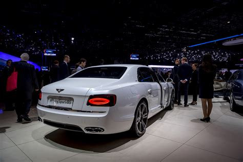 bentley flying spur 2016 2016 geneva bentley flying spur v8 s modcarmag
