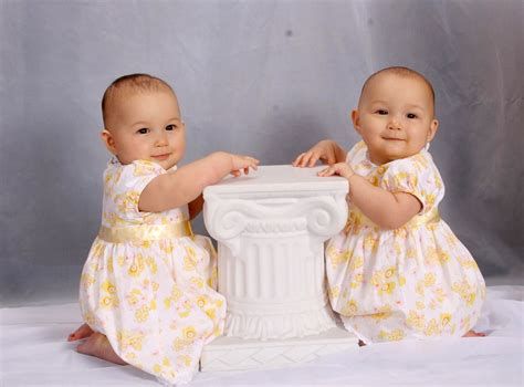 Bayi Kembar Lucu Top Gambar Wallpaper Keren Android Wallpapers