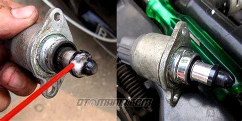 Kanvas Rem Depan Mobil Avanza perbaiki gas yang nyangkut pada avanza berita otomotif