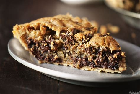 nestle toll house chocolate chip pie nestle r toll house r chocolate chip pie lovers recipes