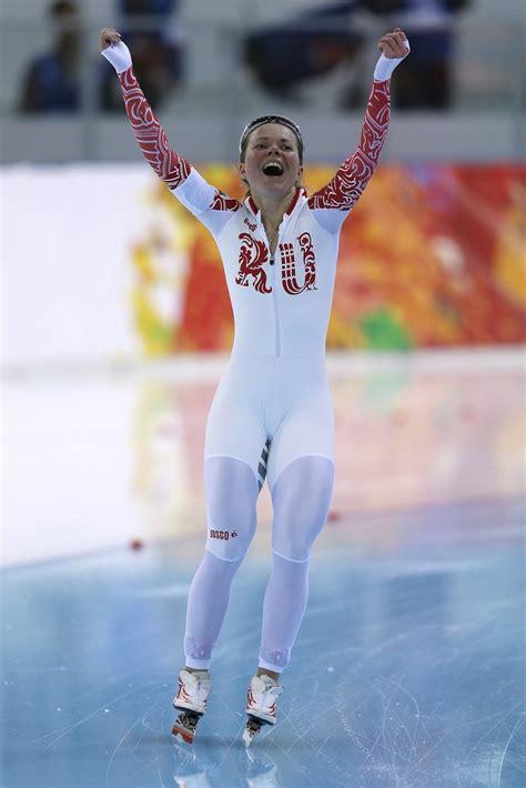 Best Wardrobe In Sports by Speed Skater Wardrobe Malfunction At 2014 Winter Olympics