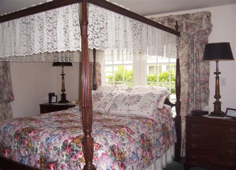 holland mi bed and breakfast dutch colonial inn bed and breakfast holland michigan