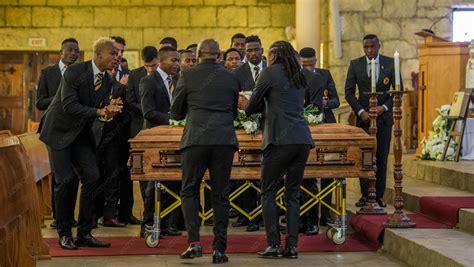 warm farewell for alex kaizer chiefs